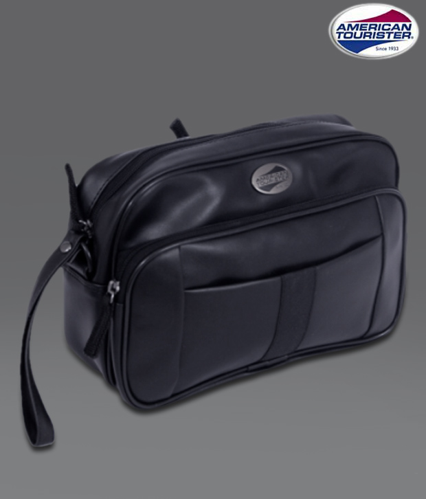 American Tourister Black Travel Pouch