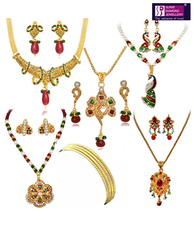 Surat Diamond Vivacious Jewellery Hamper
